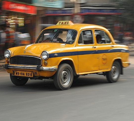 A-Hindustan-Ambassador-Taxi-in-Kolkata-1